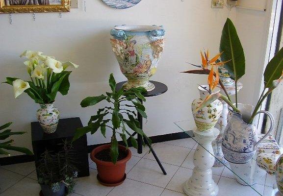 Arredamento Antico Farmacia: Stile provenzale accessori bagno. Piatto ...