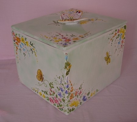 Artistic italian pottery of Albisola - Great box, personalized with names, decorations and dedication.